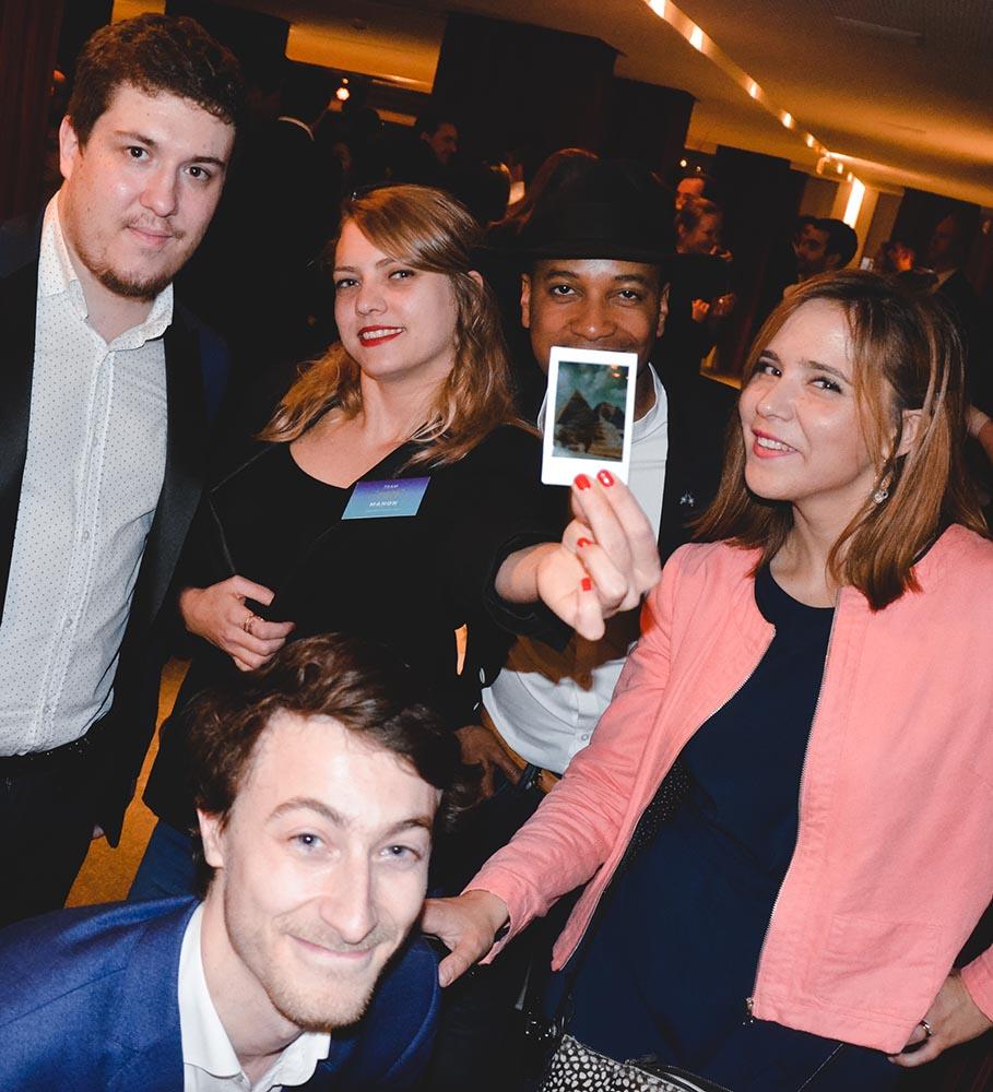 Instagram Magicien Polaroid Photographe Soirée entreprise